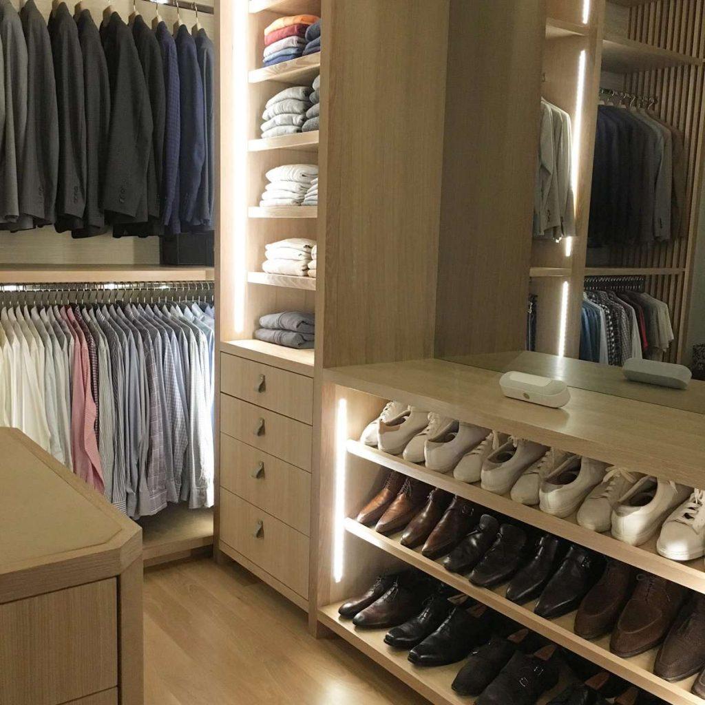 Modern Vertical Closet